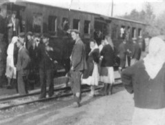 Ulazak putnika u voz - Mezgrajski ćiro