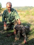 Lovac Jovica Ristić iz Lipovica sa vukom