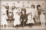 Veljko Čubrilović sa đacima