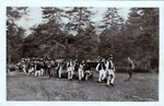 Poštanska karta – Seljaci na Majevici prenose ranjenike