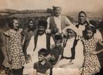 Vujan Tošić sa porodicom iz Priboja